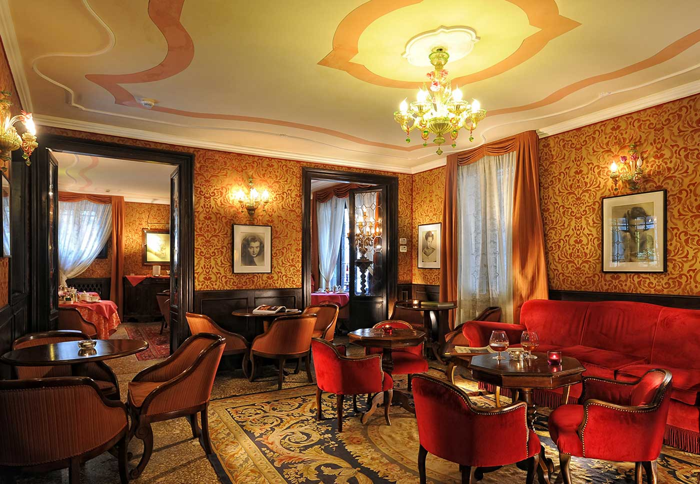Lounge Bar of the hotel Flora in Venice, Italy