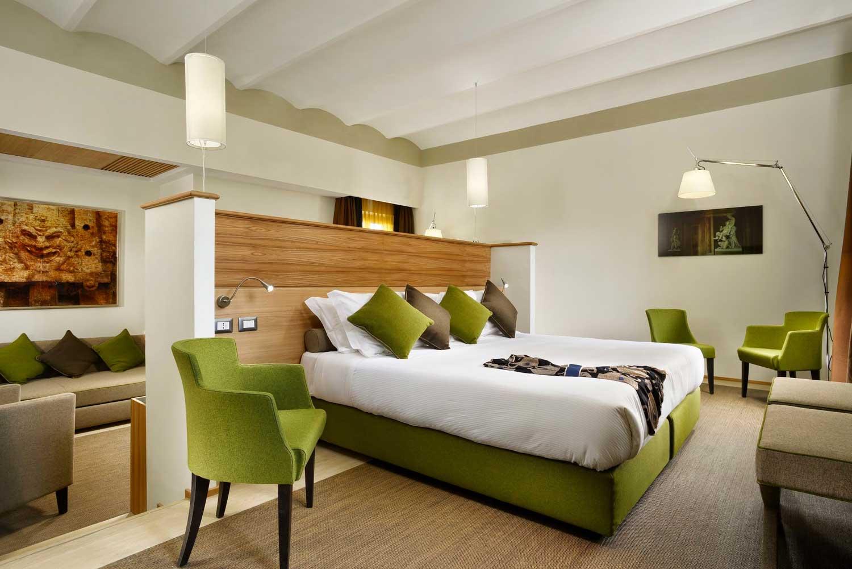 Babuino 181 Hotel Rome, Italy (Patrizi suite)