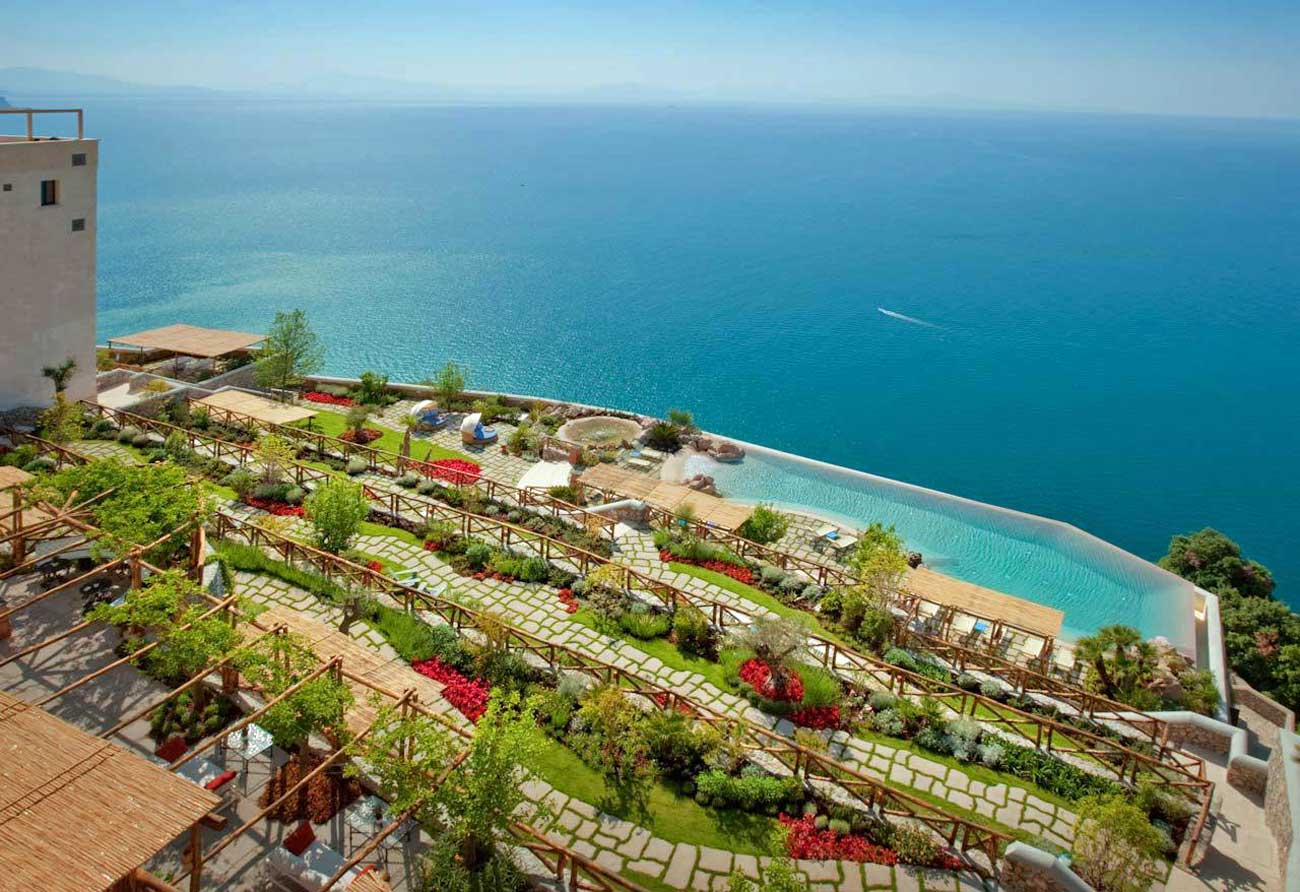 Monastero Santa Rosa, Luxury hotel on the Amalfi Coast (sea view)